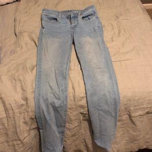 American Eagle Light Wash Jeans